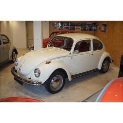 VW Coccinelle 1302 blanc pastel
